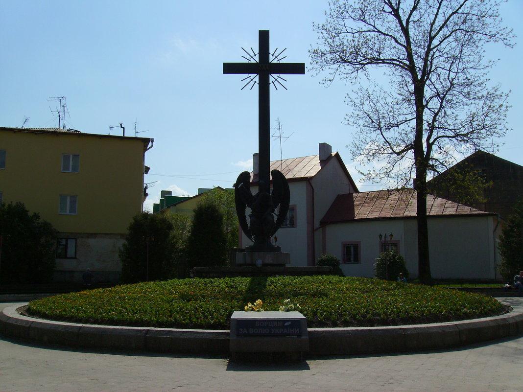 Памятник  борцам  за  волю  Украины  в  Дрогобыче - Андрей  Васильевич Коляскин