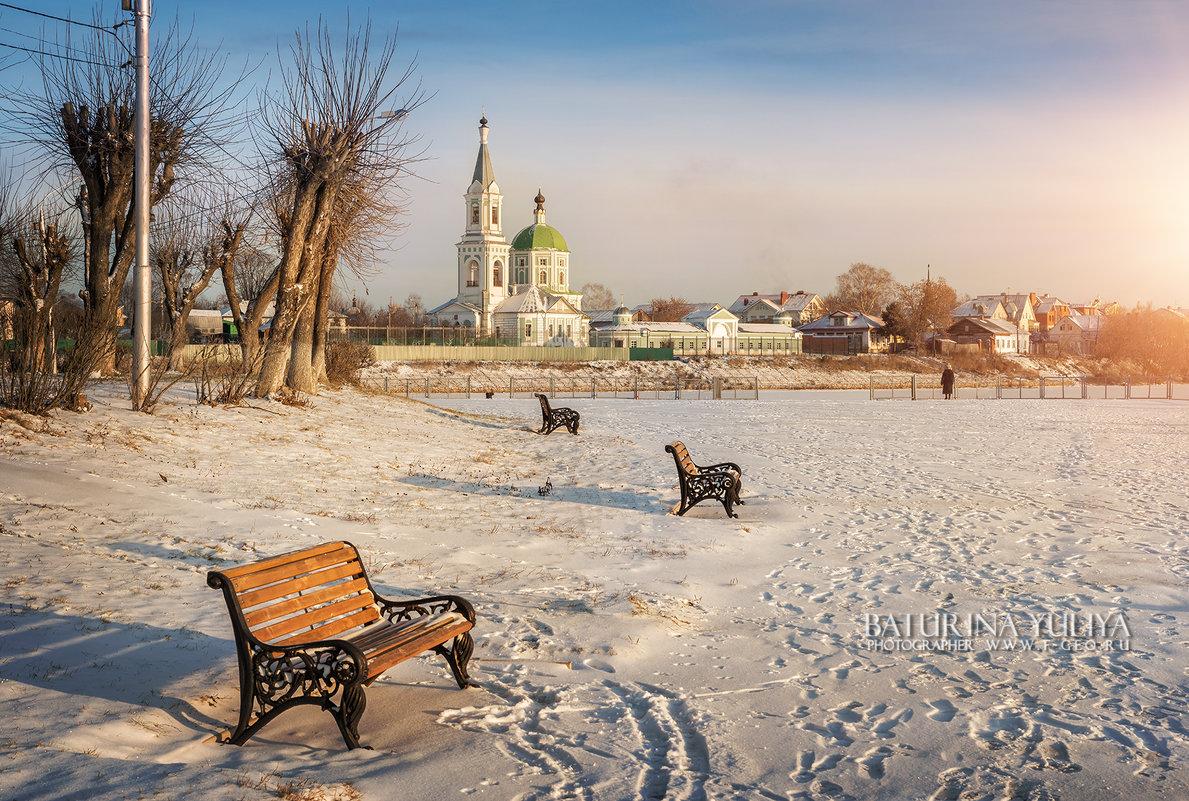 Ажурные скамейки - Юлия Батурина