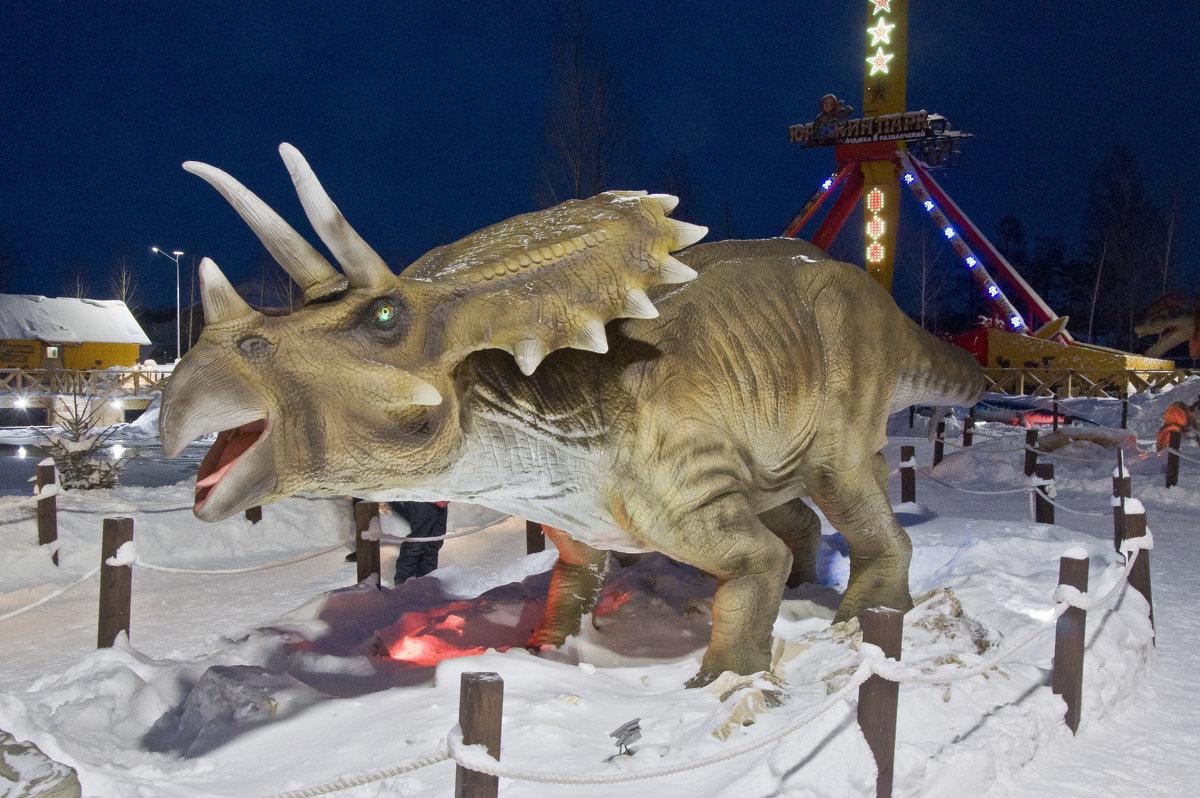 Встреча с динозаврами в наше время! Серия. - Андрей Синицын