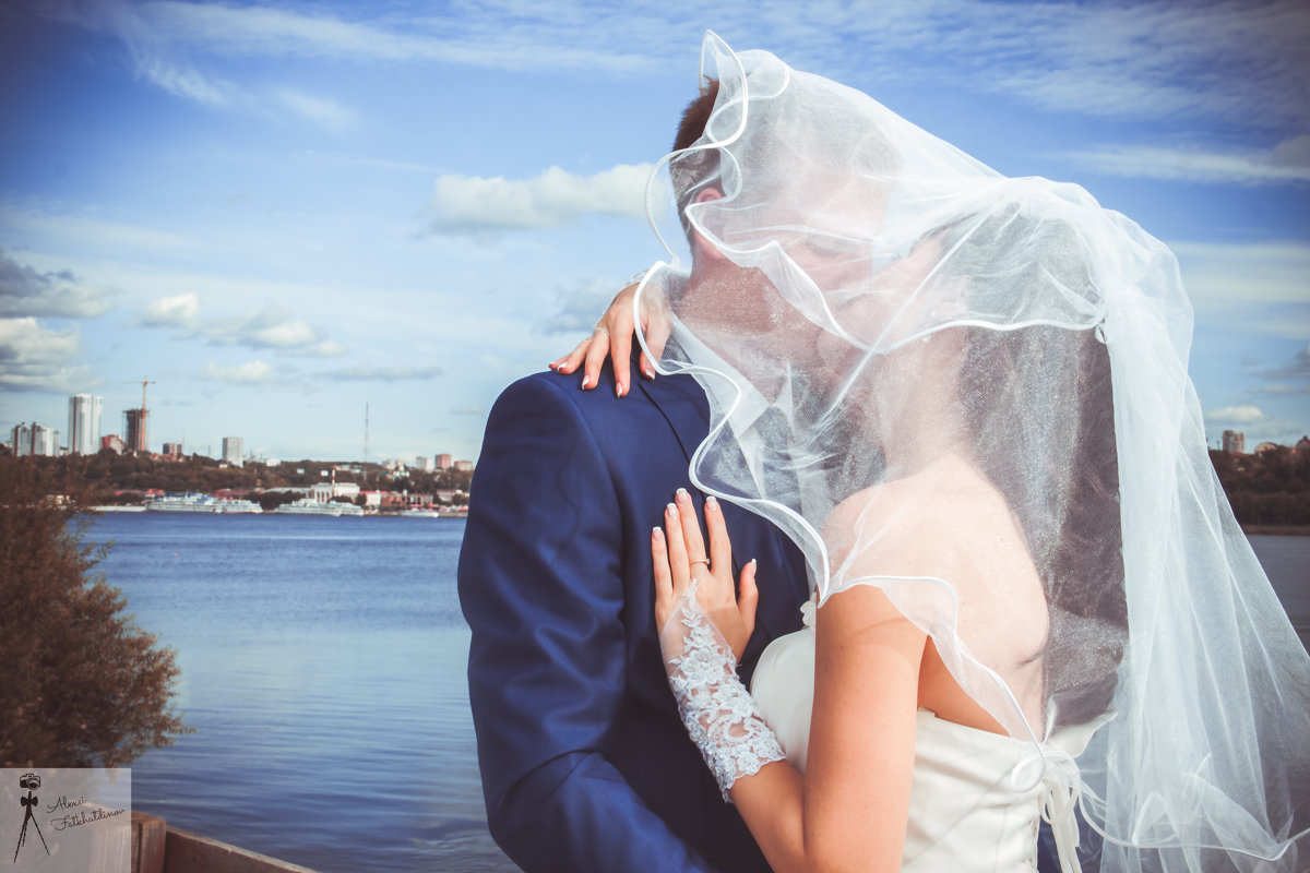 ах эта свадьба пела и плясала - Алексей