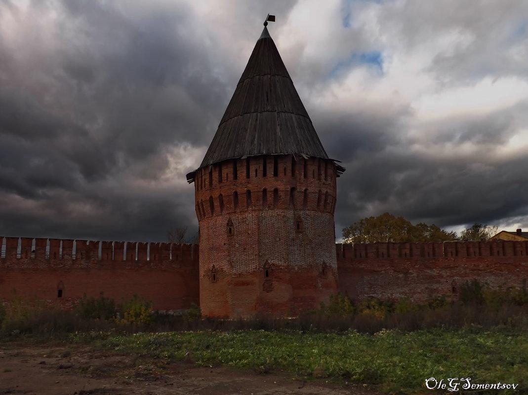 Смоленская крепость - Олег Семенцов