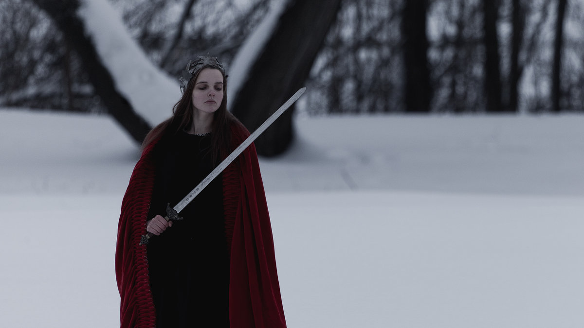 Red Queen - DewFrame Илья Ягодинский