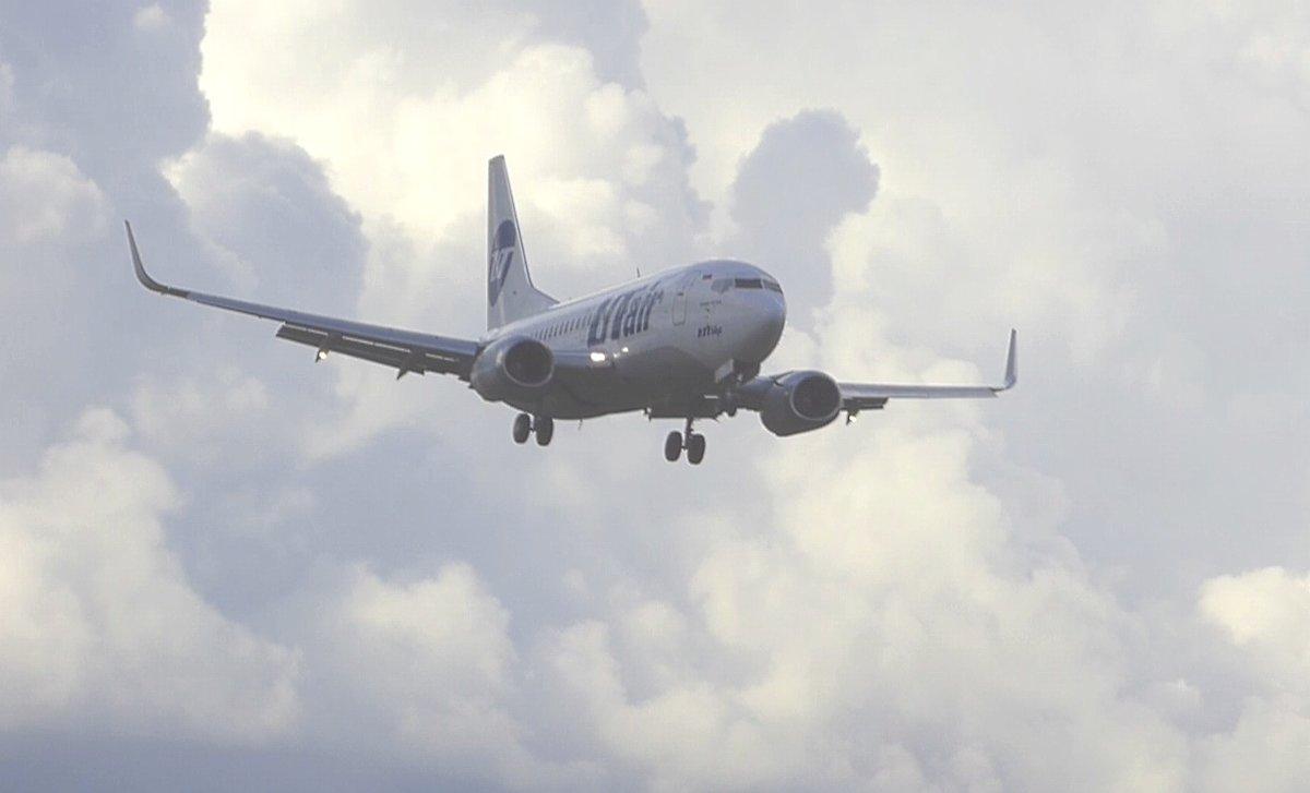 Боинг 737  на глиссаде. - Alexey YakovLev