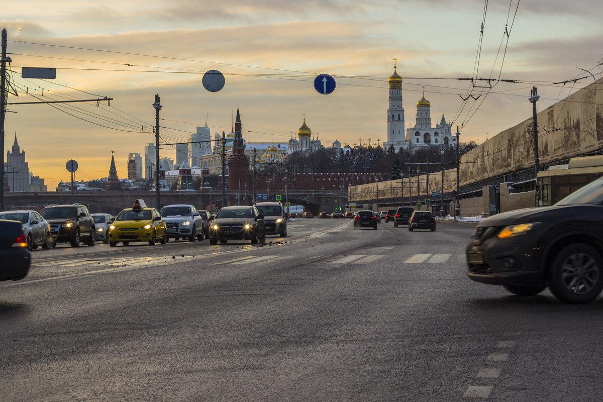 Достопримечательности Москвы глазами автомобилиста - Юля Колосова