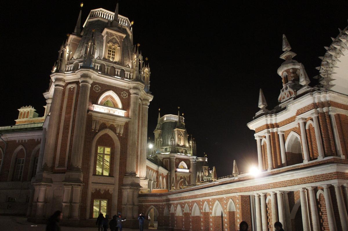 Большой дворец - Елена Павлова (Смолова)