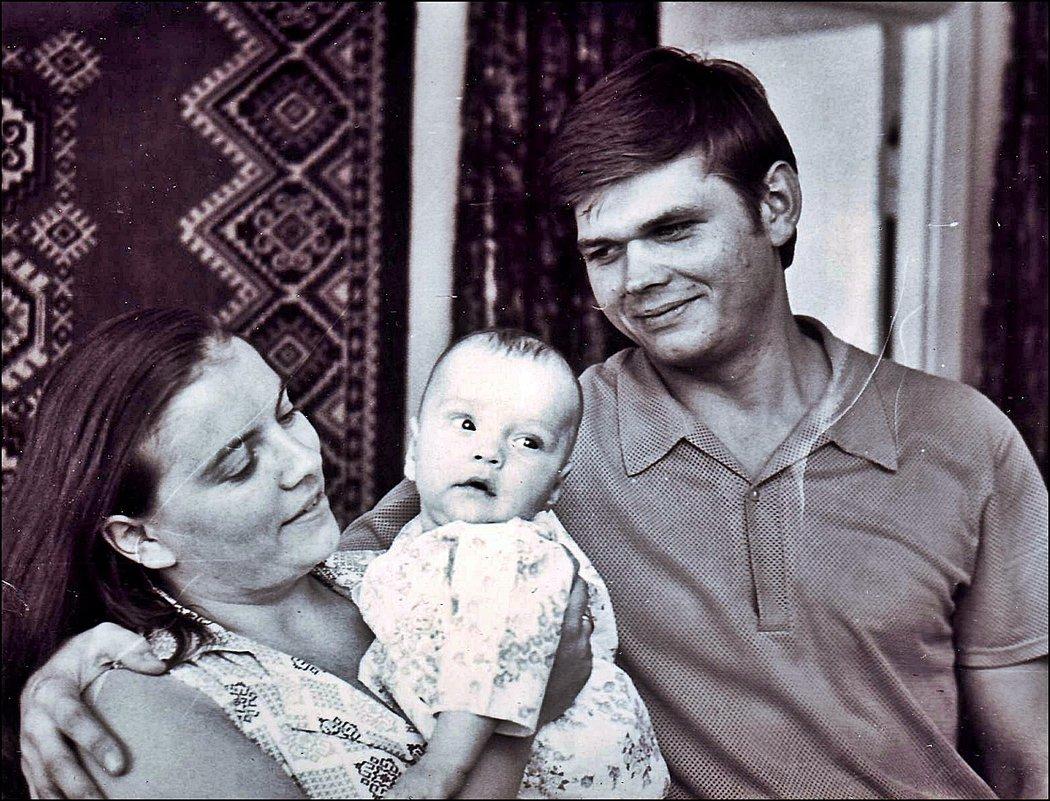 Сыночку 5 месяцев.  1975 год - Нина Корешкова