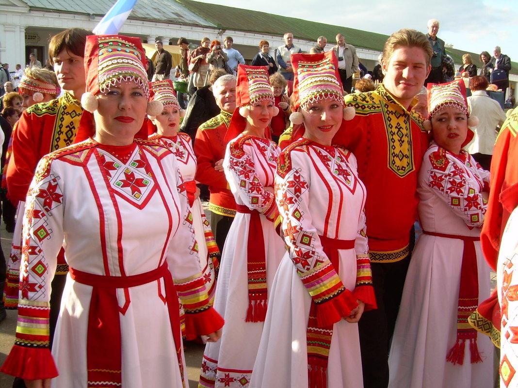 Бабье лето В Горячих ключах фестиваль, Суздаль 2008 Мордовия - Олег Романенко
