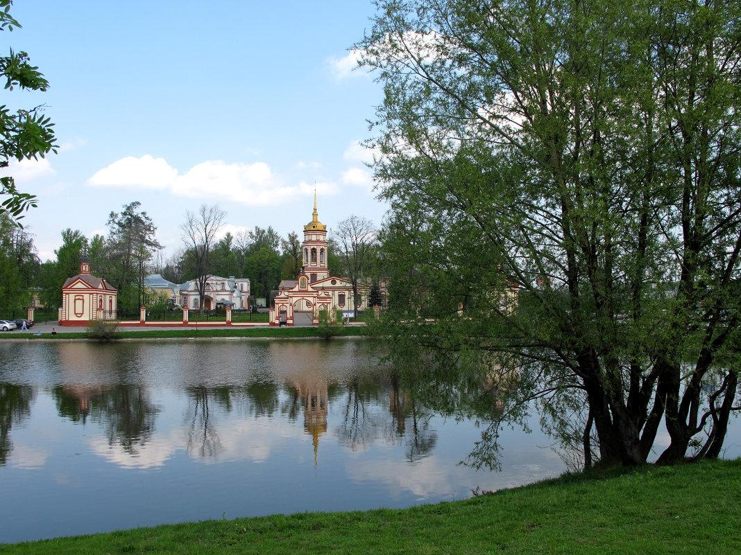 Крестовоздвиженская церковь в Алтуфьево - Мари ^_^ !