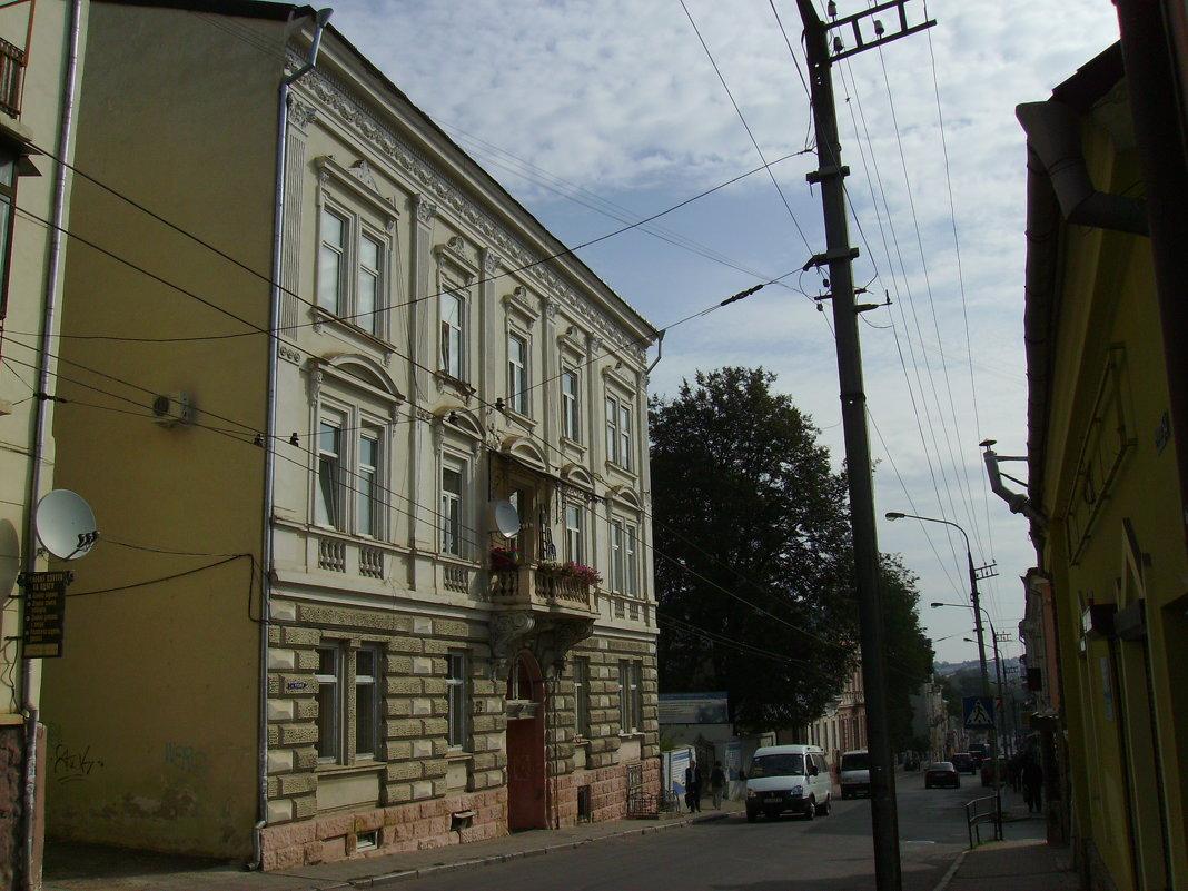 Жилой  дом  в  Черновцах - Андрей  Васильевич Коляскин