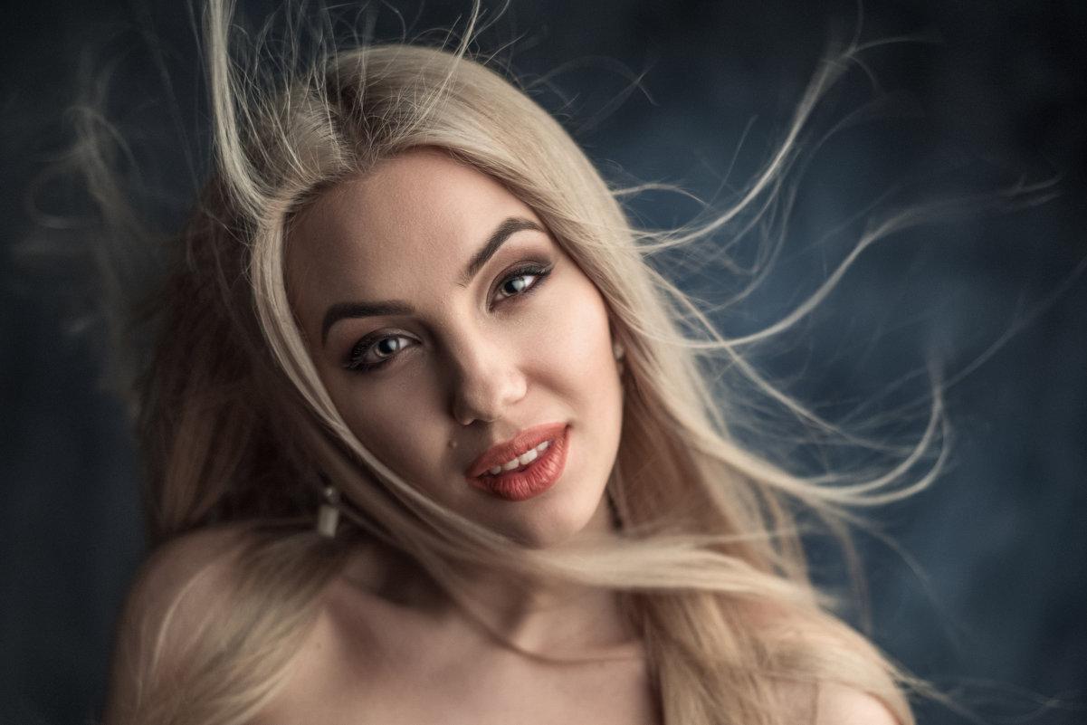 Anastasia - Павел Черепко