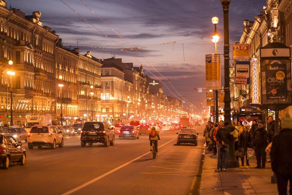 Вечерний Невский проспект в городе Санкт-Петербург(Питер) - Иван Лапин