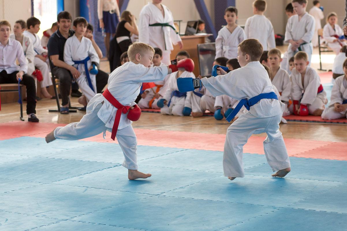 Соревнования по карате. Самая младшая гуппа - Наталья Кузнецова