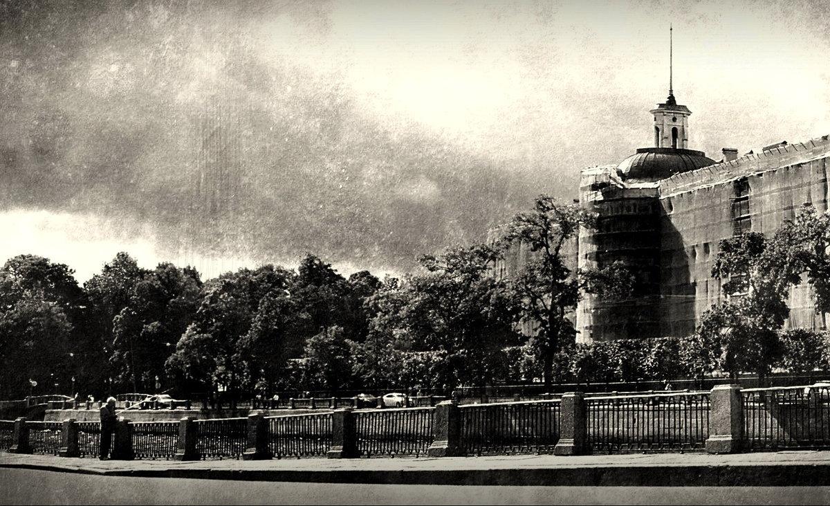 у старого замка - sv.kaschuk