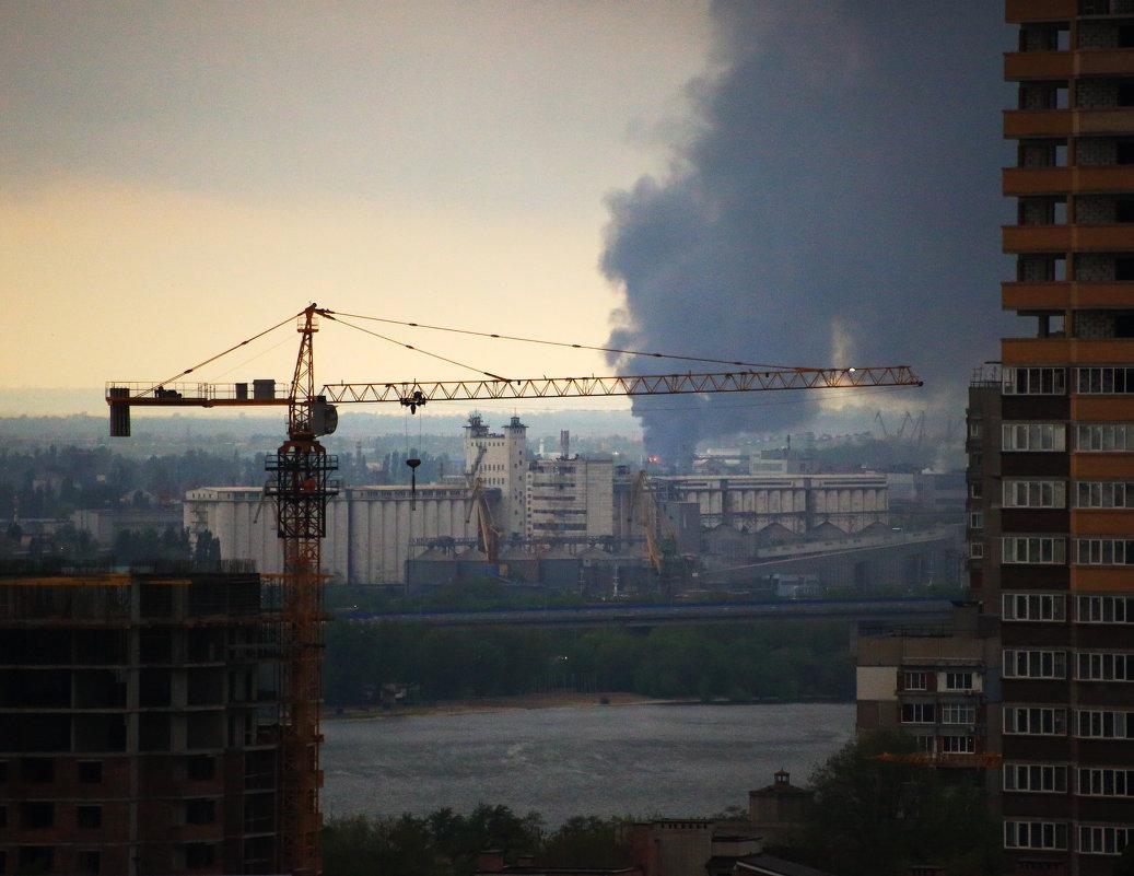 Дым над водой - Леонид