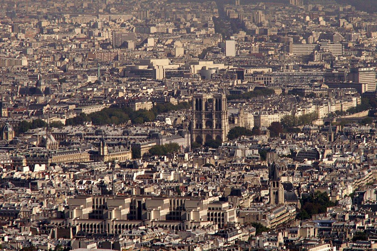 Нотр-Дам де Пари с высоты Ейфелевой башни - Lukum