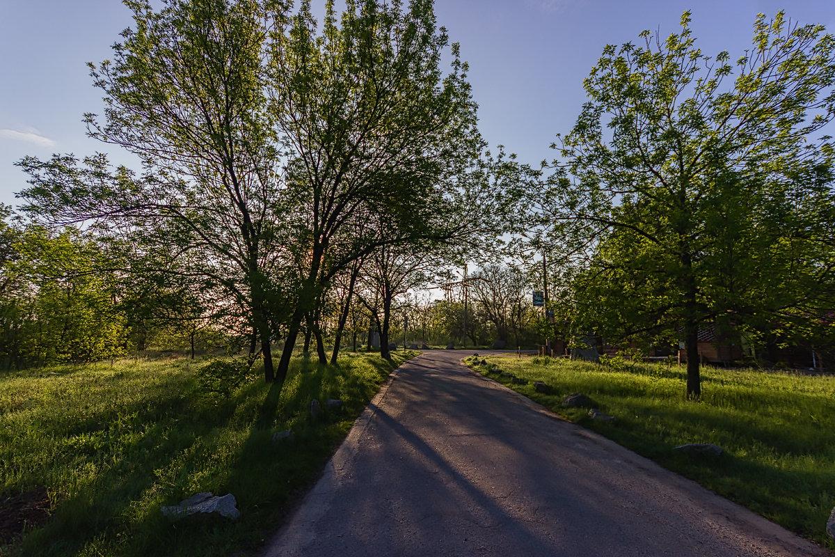 По дороге к Музею Казачества, Запорожье. - Павел Петрович Тодоров