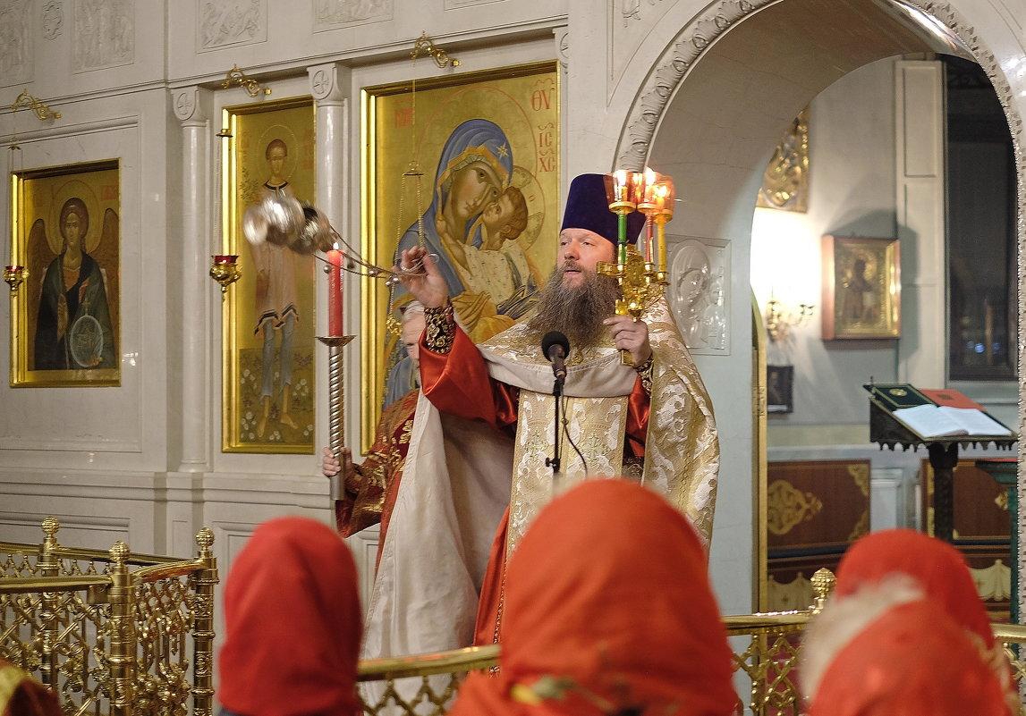 Монастырь. Повседневная жизнь. Христос Воскресе! - Геннадий Александрович