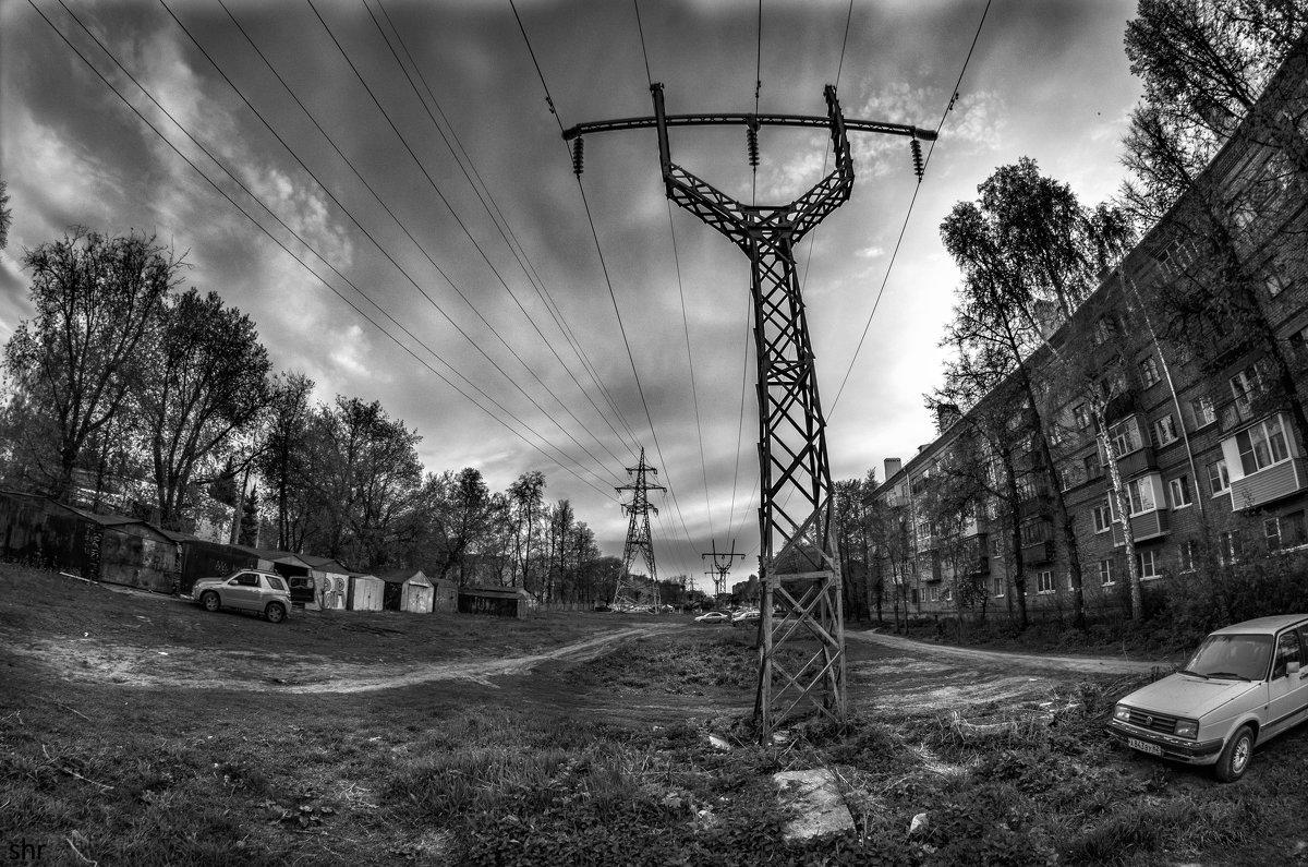 High Voltage Avenue - Роман Шершнев