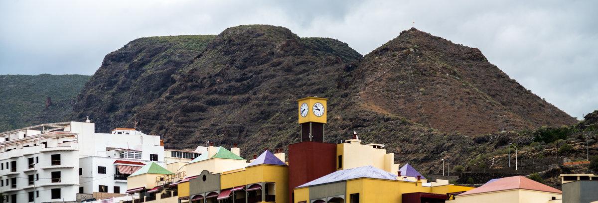 Горы над Пуерто де Сантьяго - Witalij Loewin