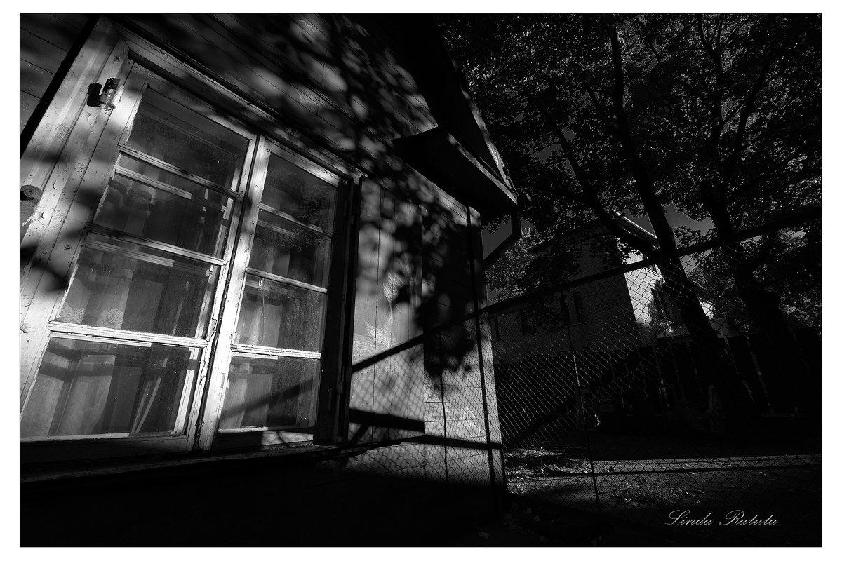 old street -1 - Linda Ratuta