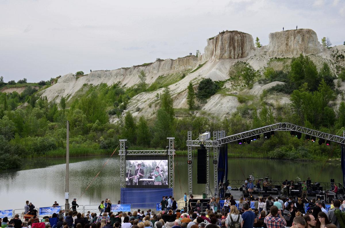 Очень красивая концертная площадка - Николаева Наталья