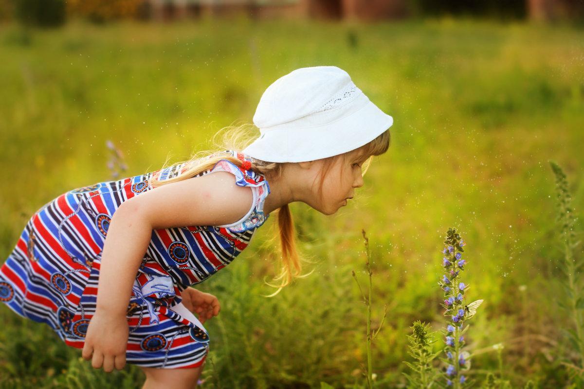 Девочка и бабочка - Наталья Завьялова