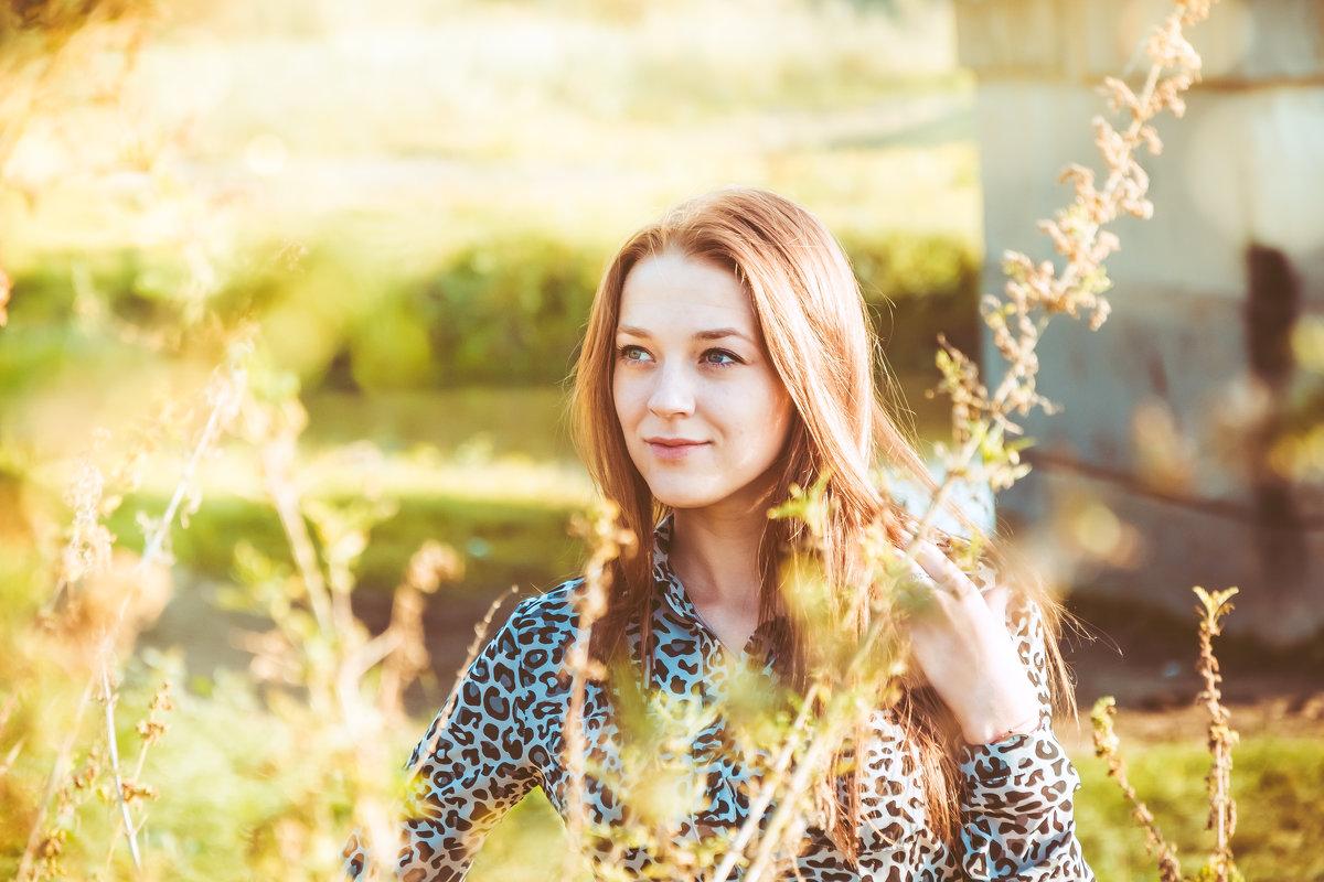 Валя - Екатерина Смирнова