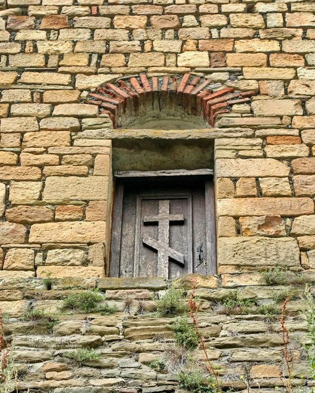 дверь храма - Илья Скупой