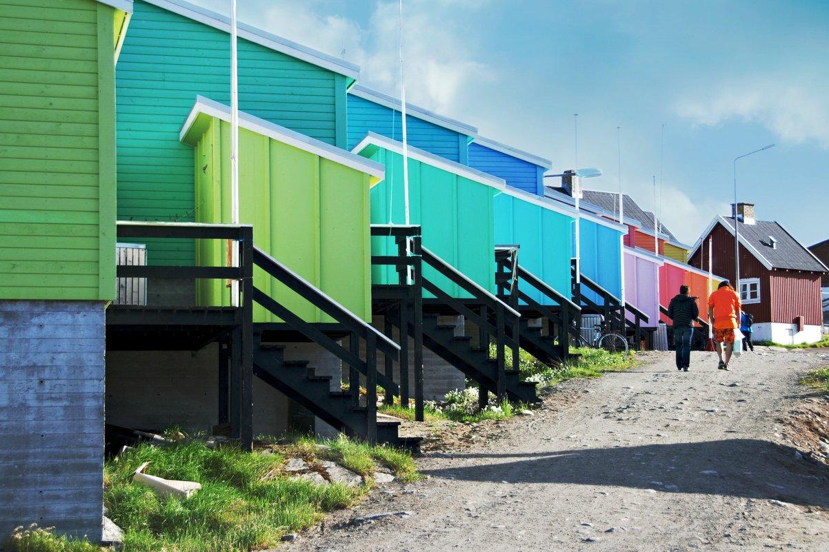 Цветной городок Кекертарсуак - Tatiana Belyatskaya