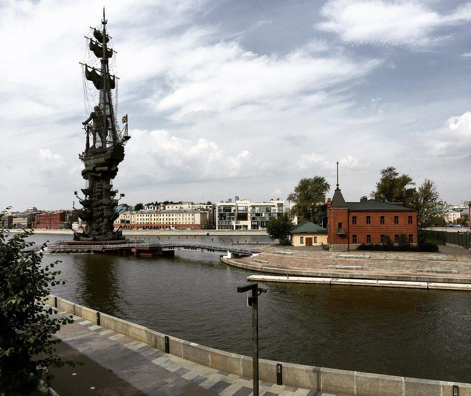 Памятник Петр I - AristovArt