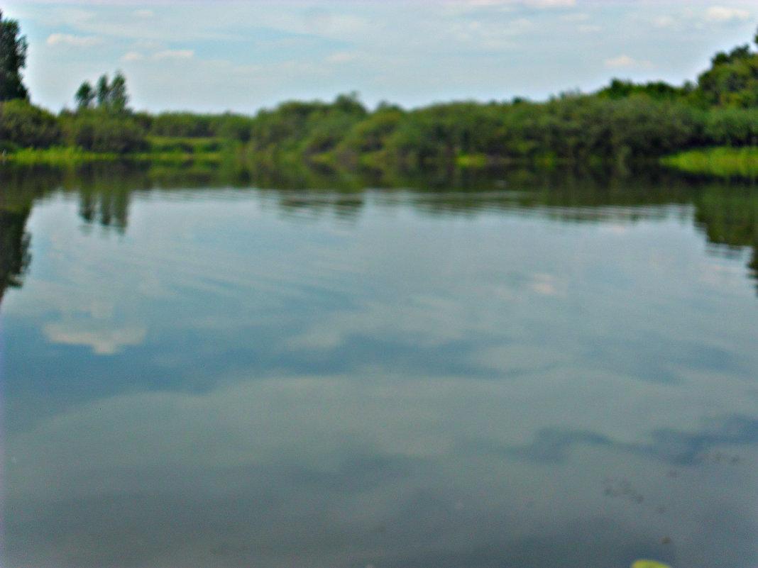 на озере - Людмила