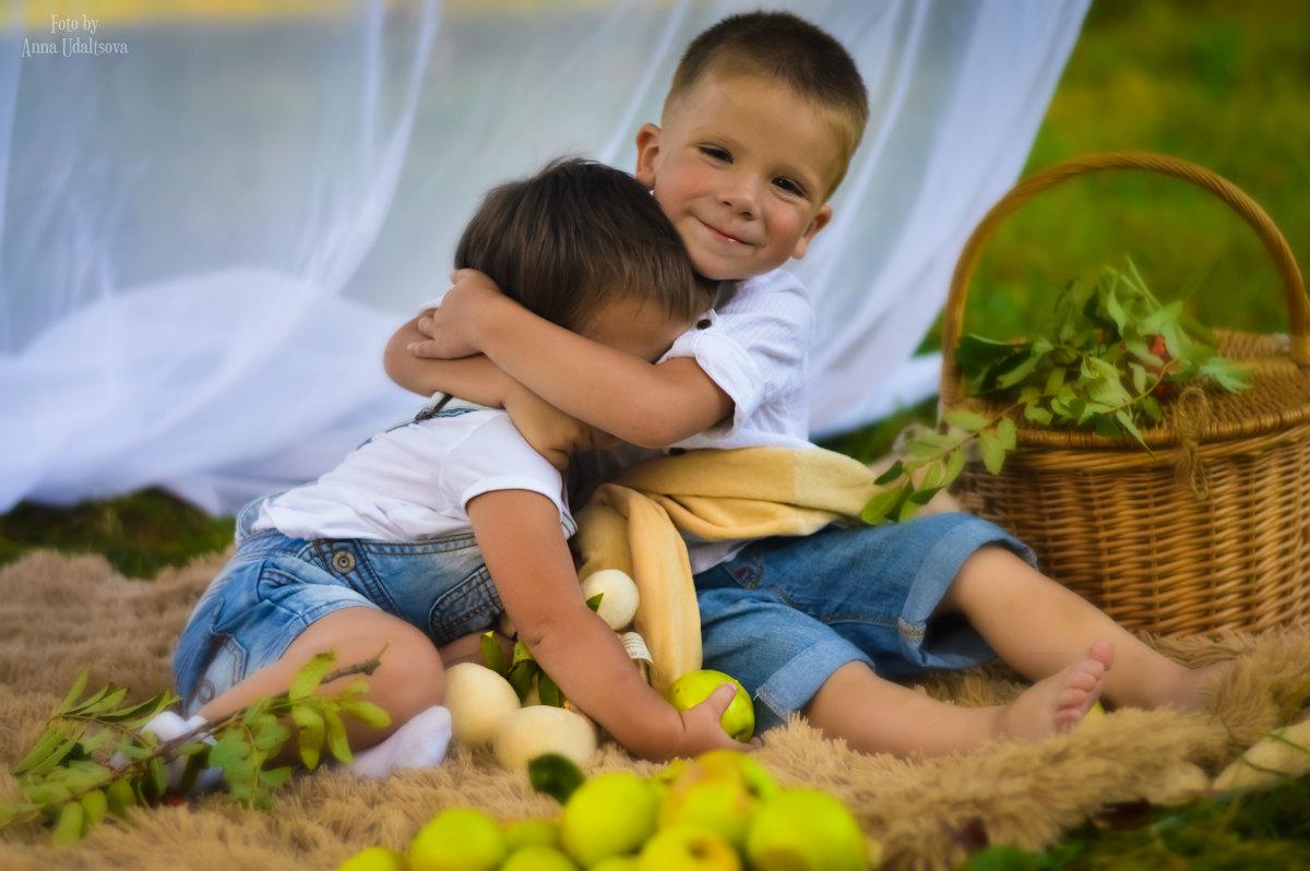 Брат с сестрой - Анна Удальцова