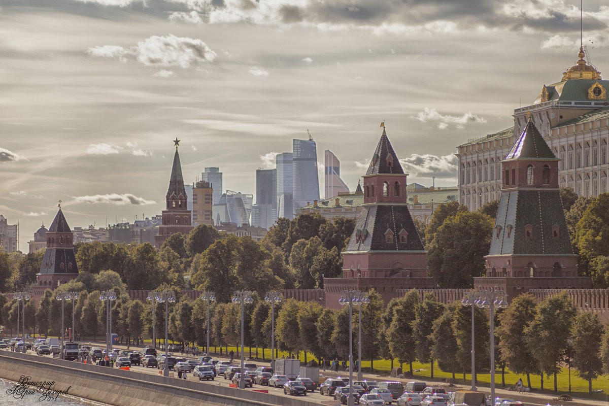 Москва - Юрий Захаров