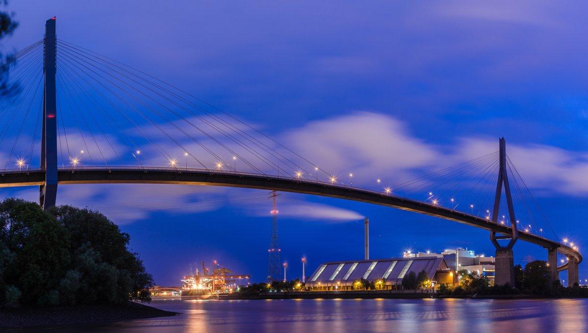 Мост через Эльбу (Köhlbandbrücke) - Сергей Бордюков