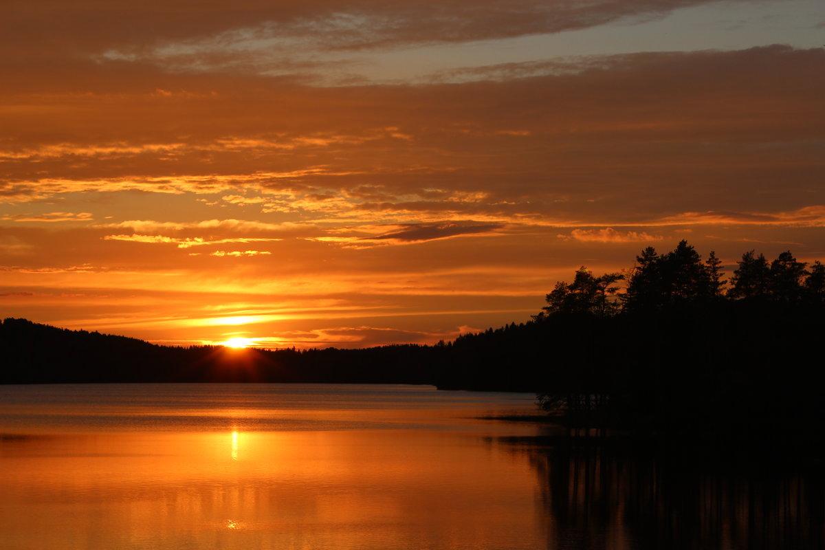 Закат на озере - Влад В.