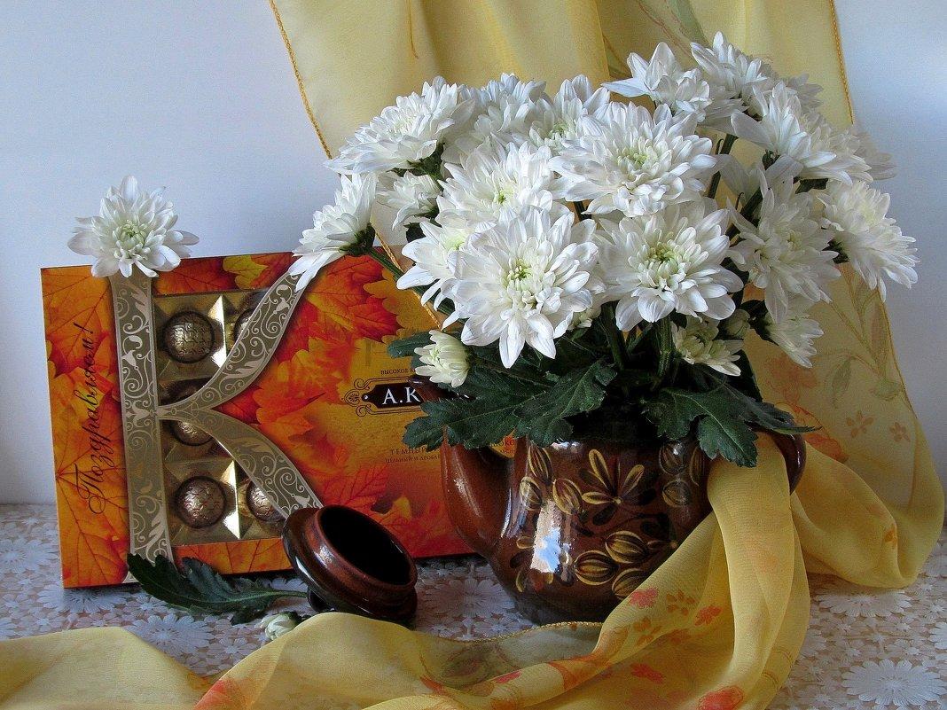 Эти белоснежные...Хризантемы нежные... - Татьяна Смоляниченко
