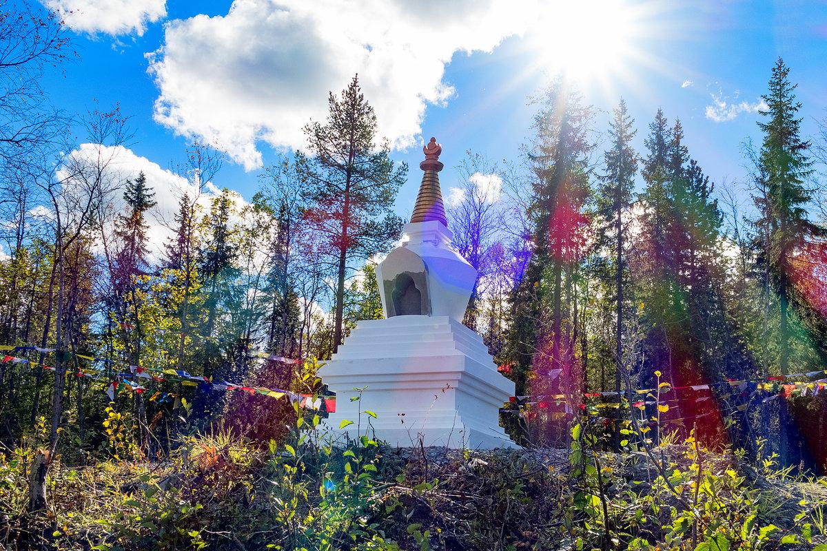 Божественный свет - Александр Неустроев