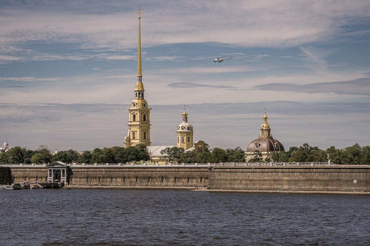 Вид на Петропавловскую крепость (Санкт-Петербург) - Борис Гольдберг