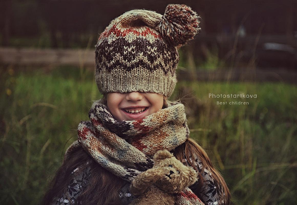 """""""Улыбка ребёнка, чем бы вызвана она не была, всегда заставляет вас непроизвольно улыбнуться в о - Ксения Старикова"""