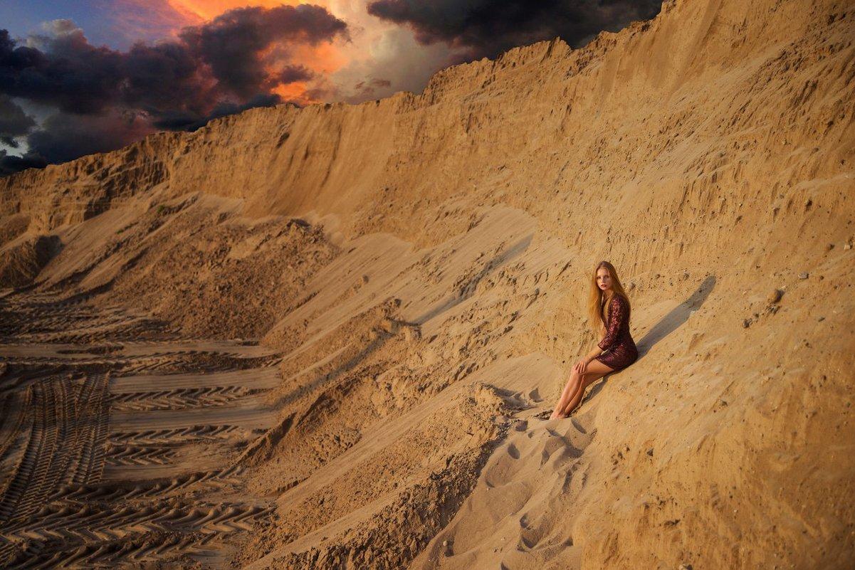 Закат в песках - Женя Рыжов