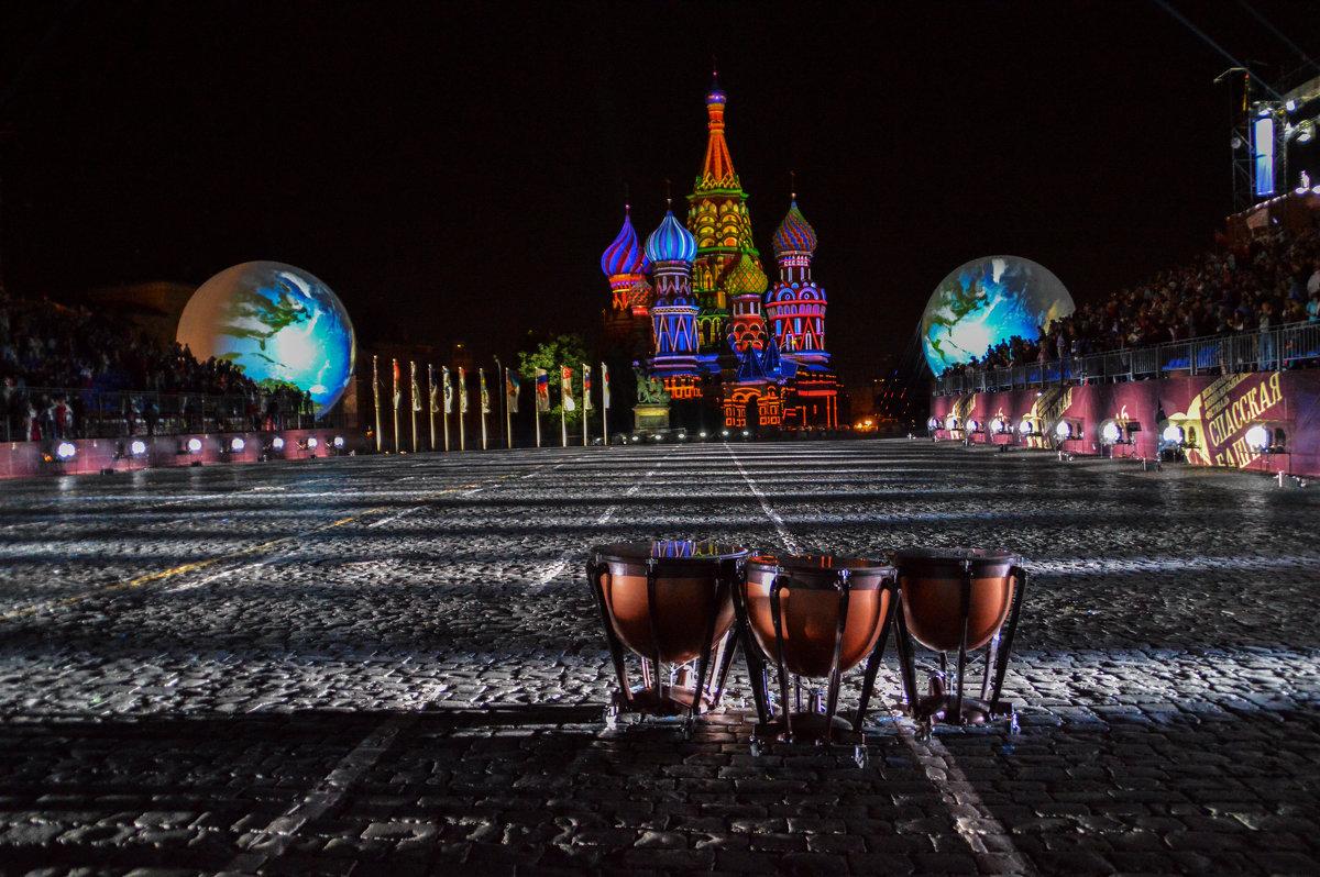 В ожидании праздника - Алексей Ярошенко