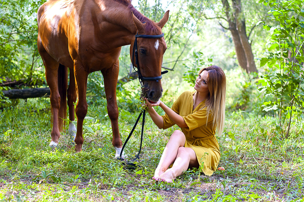 с конем - Екатерина Кузнецова