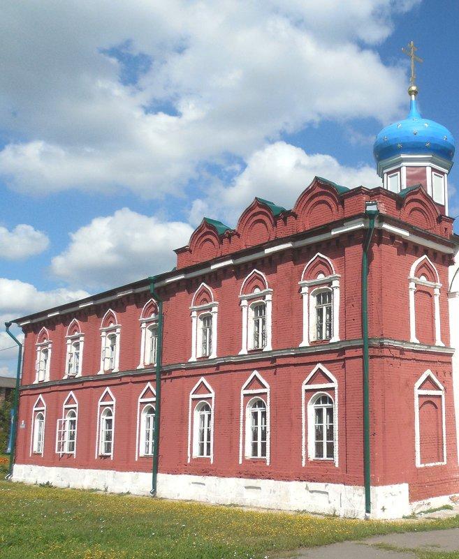 Женский монастырь в Коломне - Мила