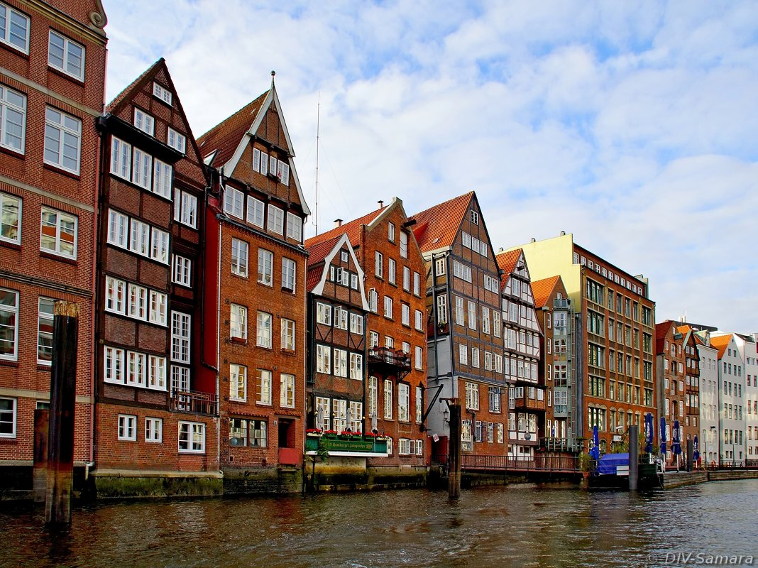 Жилые дома на гамбургских каналах - Денис Кораблёв