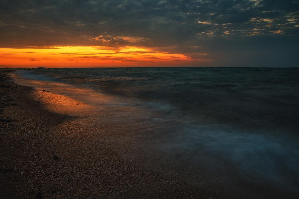 Рассвет на Золотом пляже. - Andrei Dolzhenko