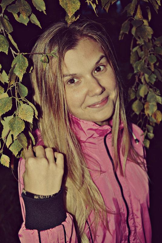 в листве березы - Валерия Воронова