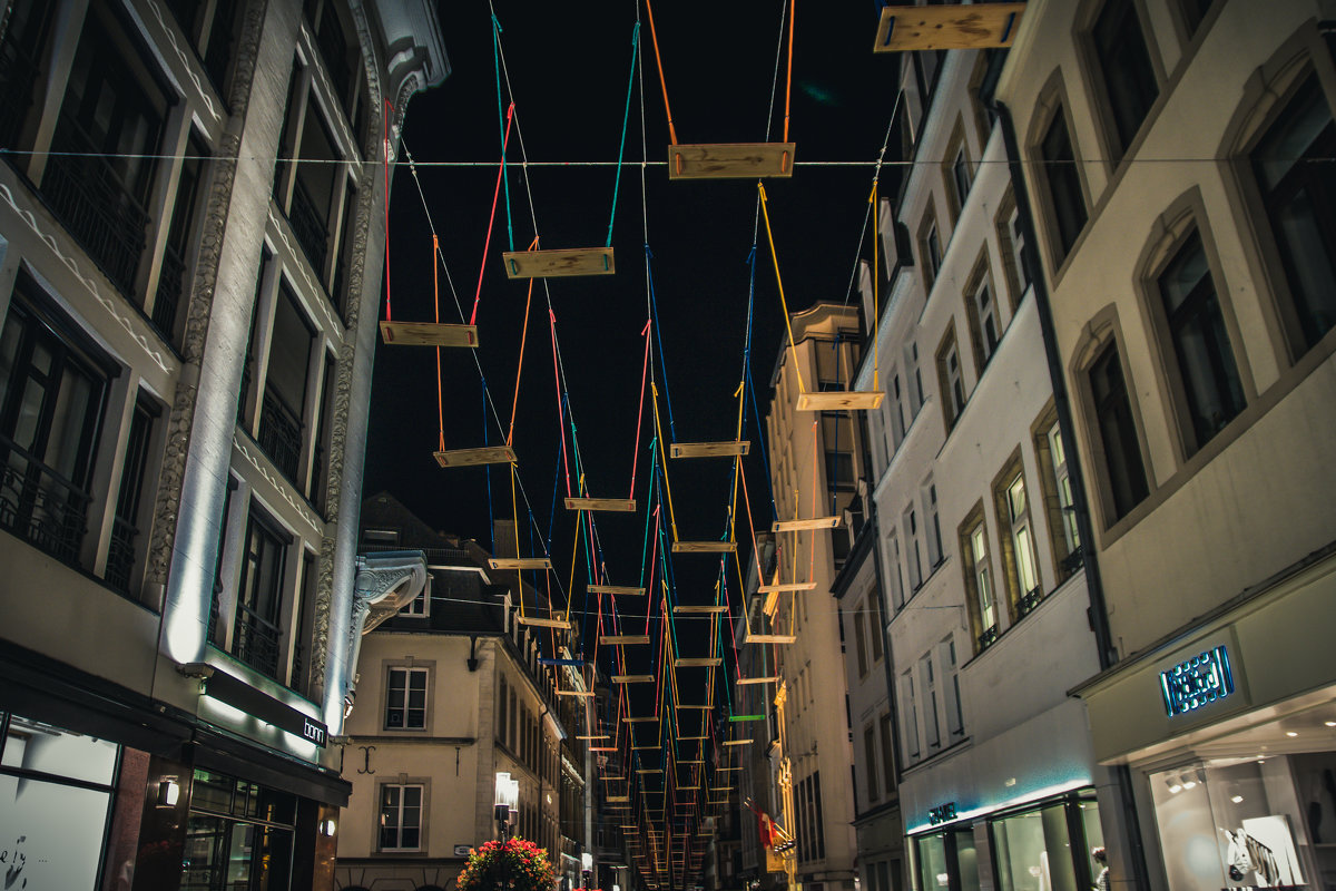 Swings at  the night - Alena Kramarenko