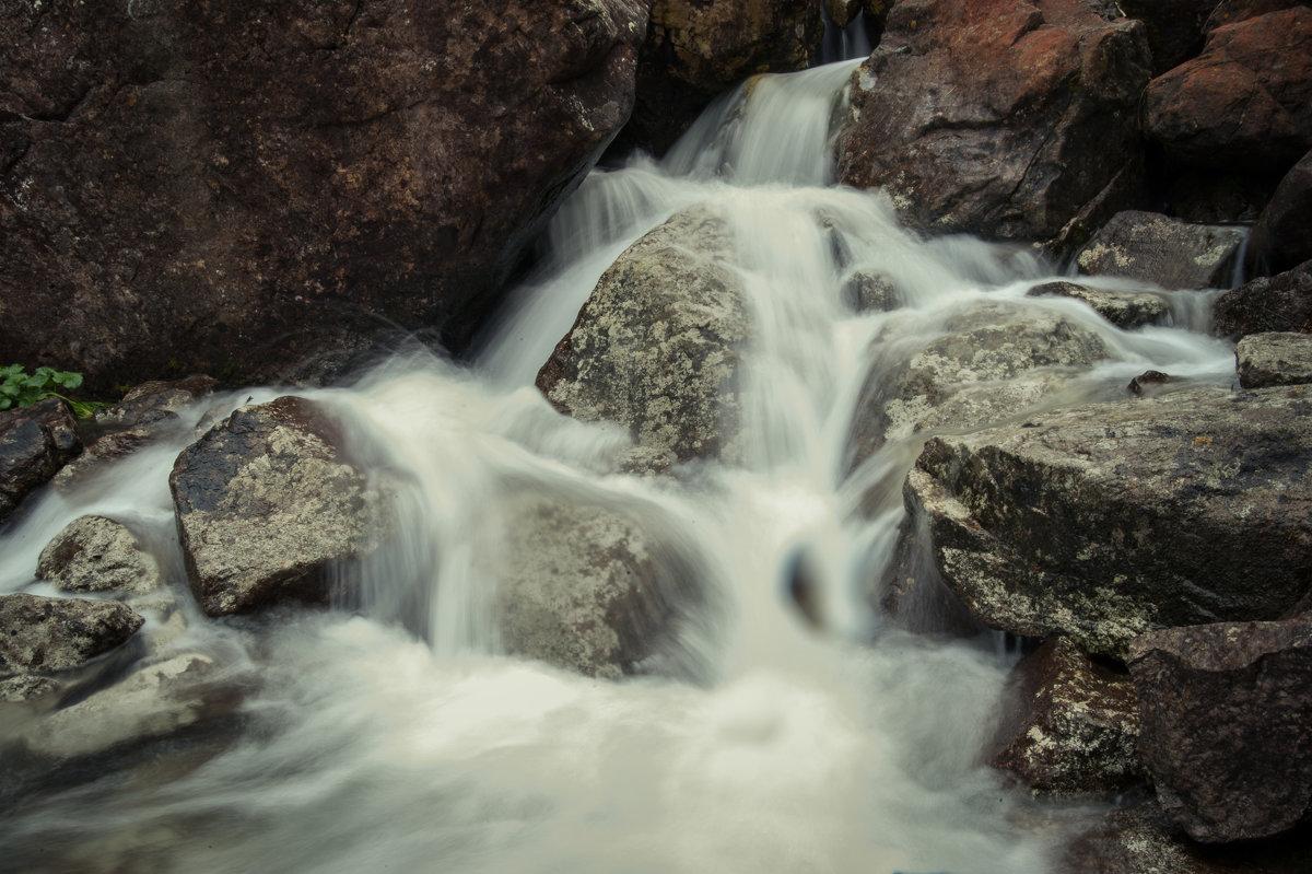 горный ручей - Дмитрий Касай