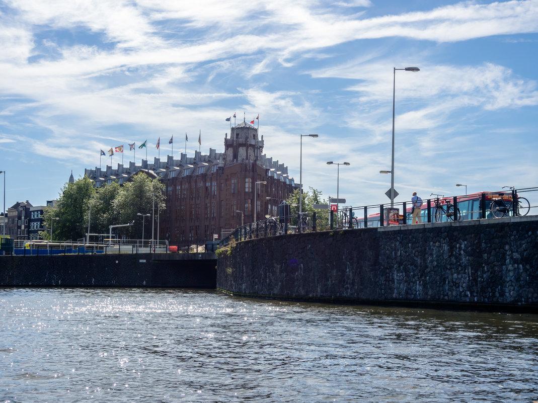 Отель Амрат, центр Амстердама - Witalij Loewin