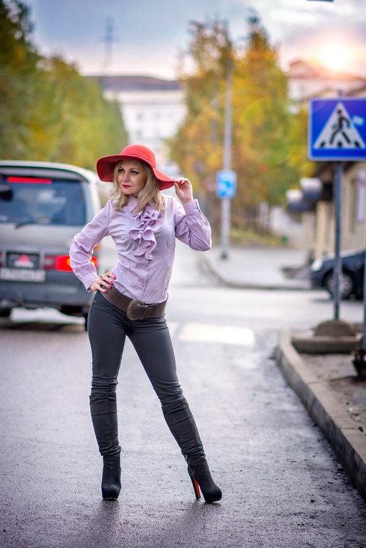 Прогулка по улицам маленького города - Елена Тарасевич (Бардонова)